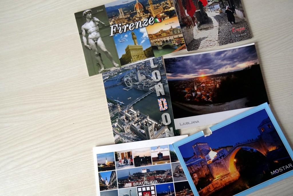 Cartes postales qui viennent de loin