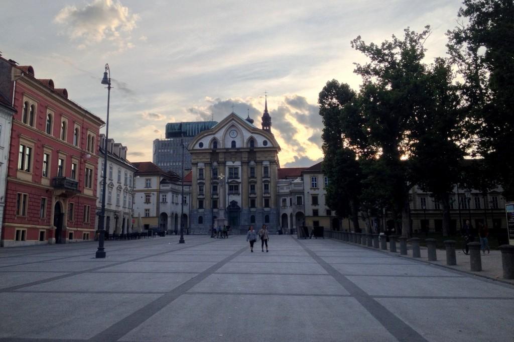 Kongresni trg à Ljubljana en Slovénie width=