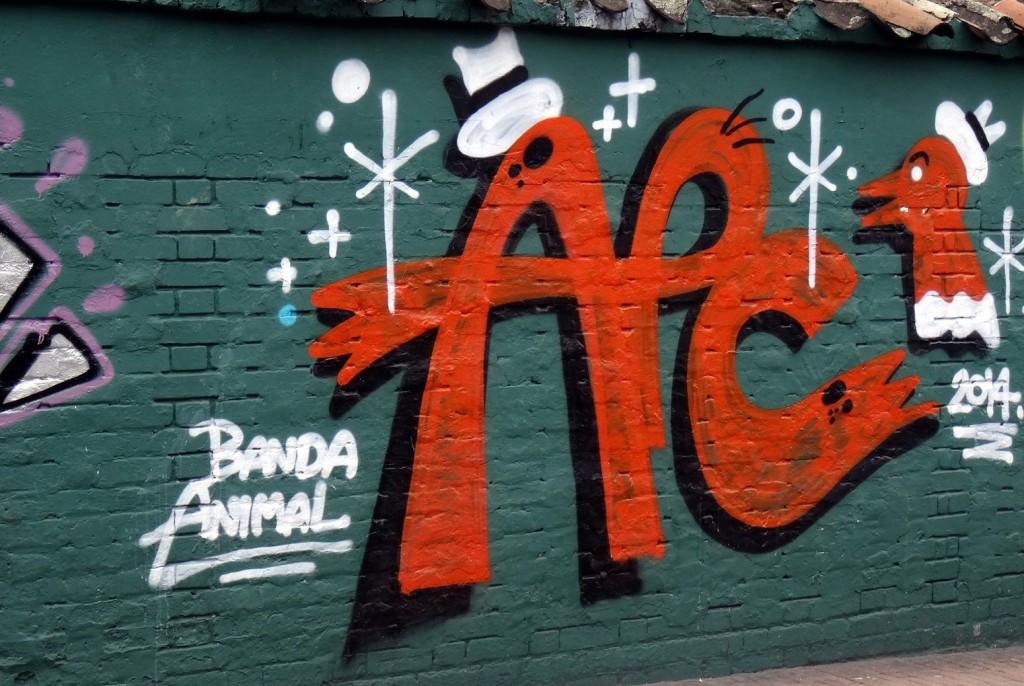Bogota Graffiti Tour APC