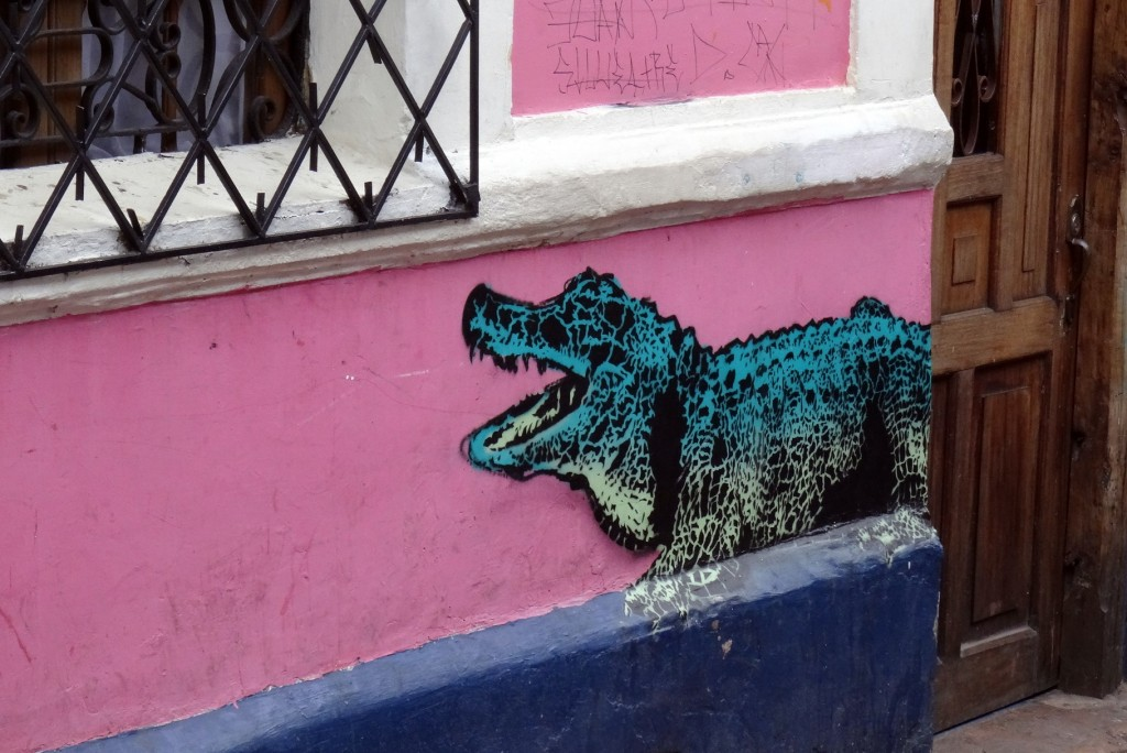 Bogota Graffiti Tour Crocodile Colombie