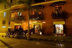 Hard Roch Café et calèche à Carthagène des Indes