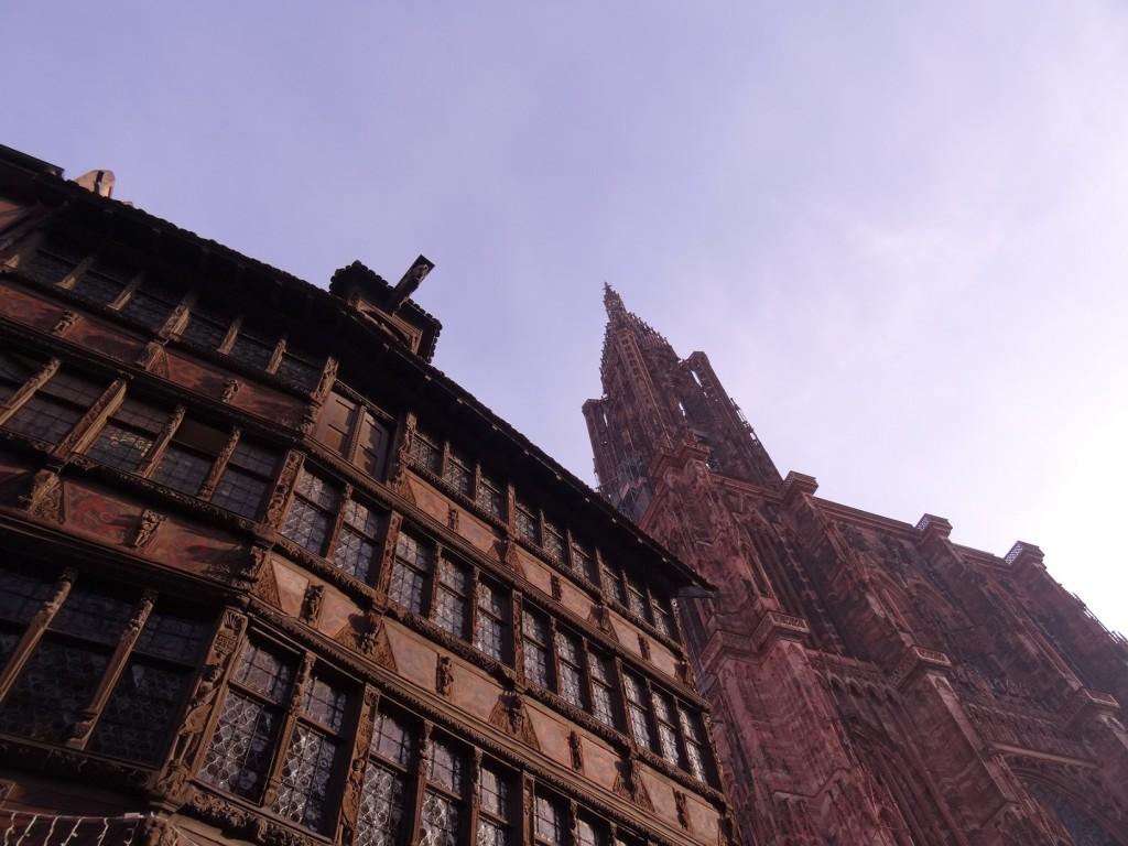 Maison Kammerzell et cathédrale Notre-Dame à Strasbourg