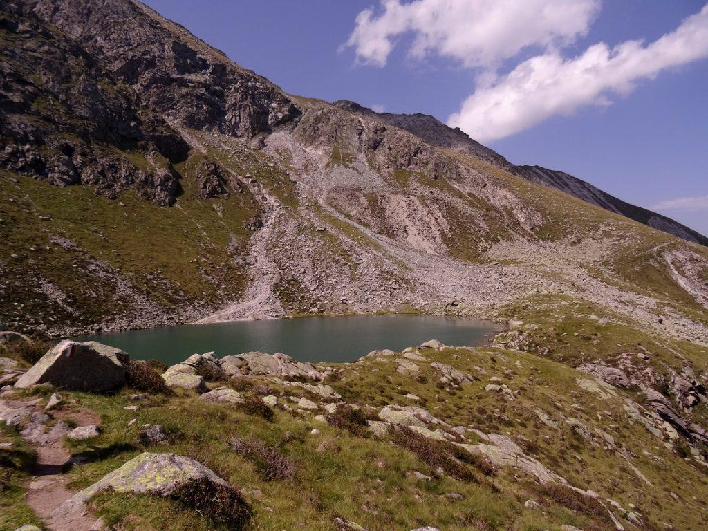 La Kratzberger See (Lago S. Pancrazio) dans le Tyrol du Sud en Italie