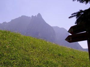 La montagne Schlern Sciliar dans le Tyrol du Sud
