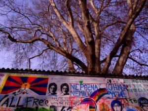 Graffitis du mur John Lennon de Prague en République Tchèque - Czech Republic, Praha