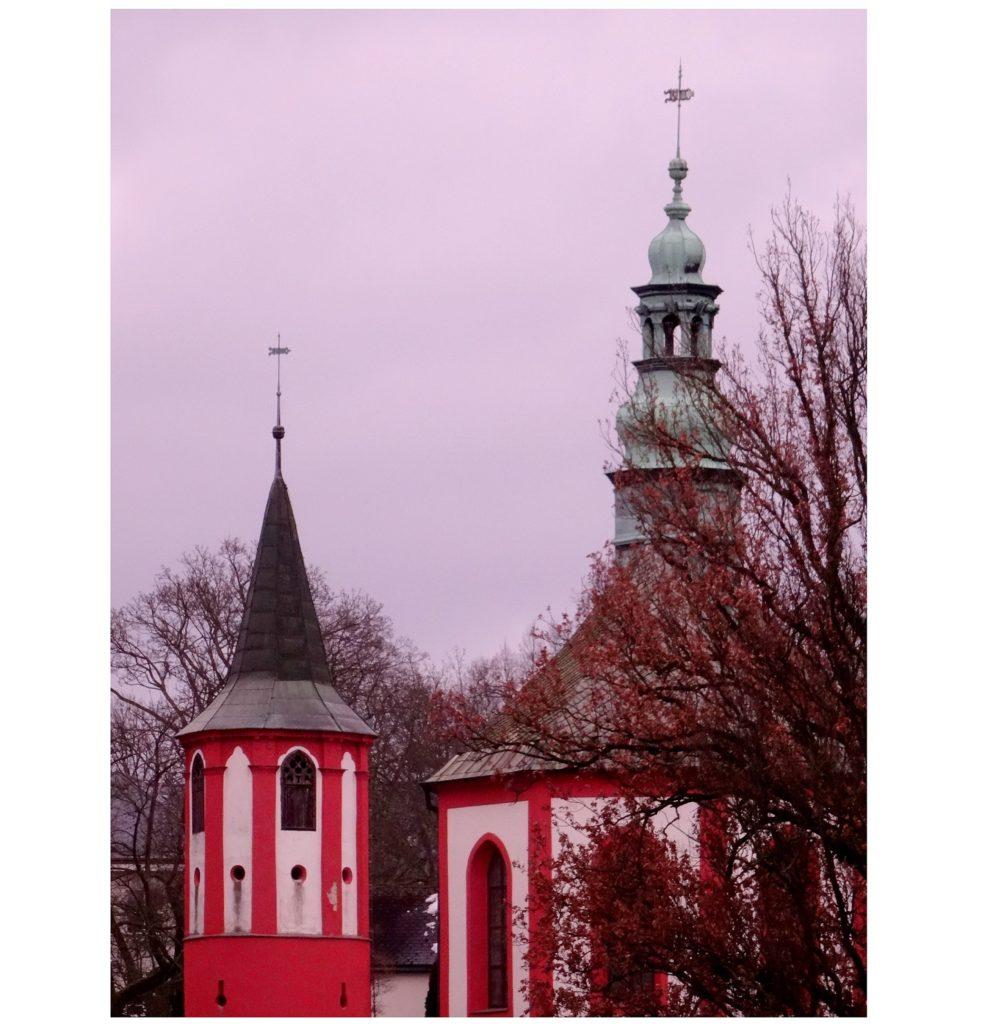 Eglise colorée à Liberec en République Tchèque