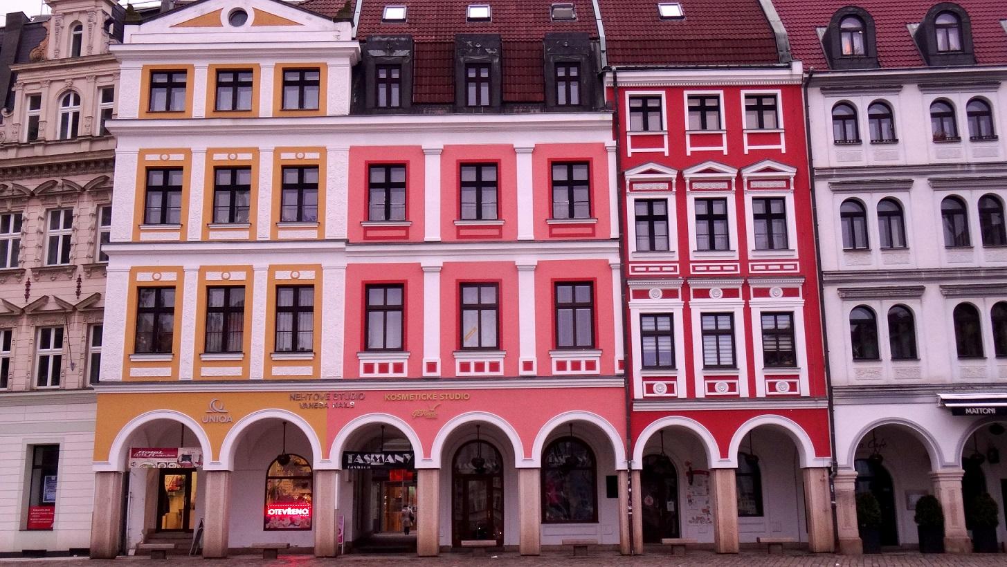 Façades colorées à Liberec en République Tchèque