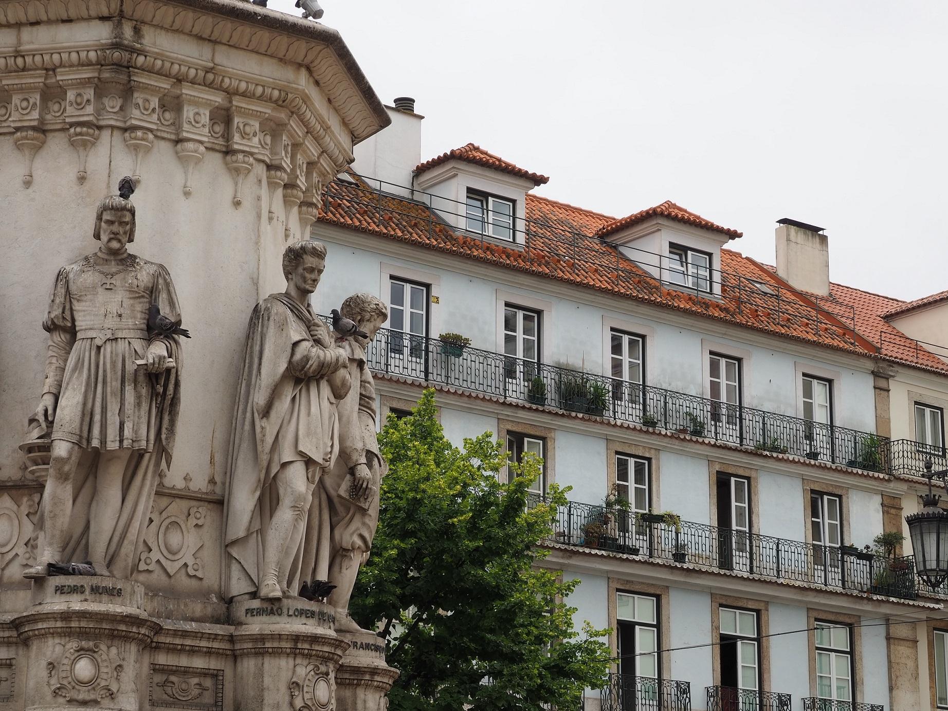 Praça Luís de Camões à Lisbonne
