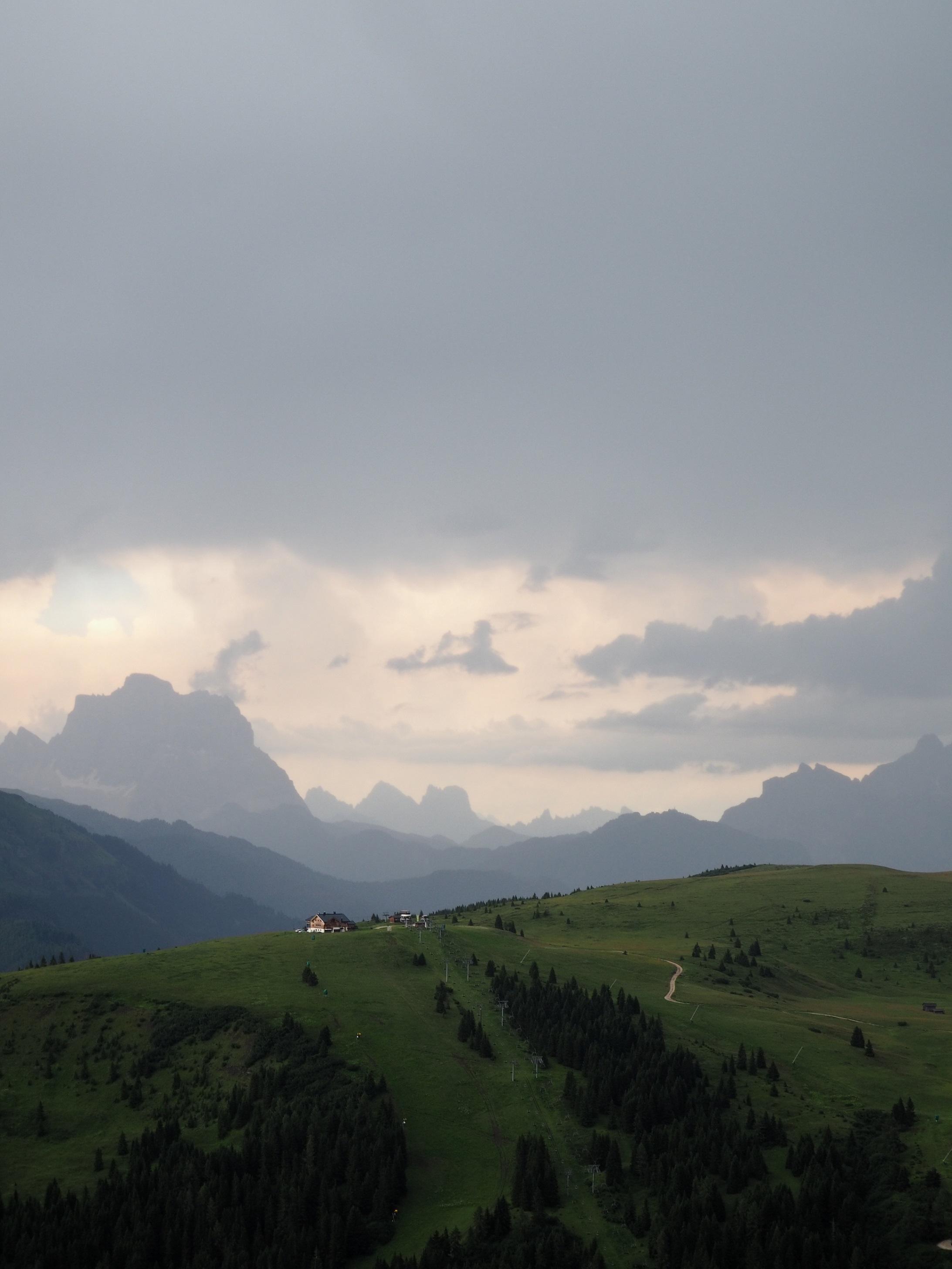 Corava et Colfosco dans les Dolomites